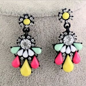 Gorgeous colorful fashion earrings